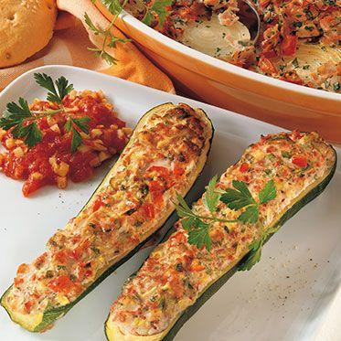 Zucchini mit Wurstfüllung