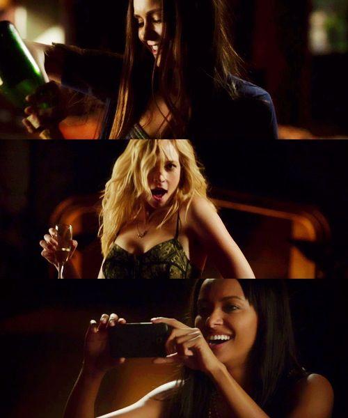 Caroline and Elena dancing! - The Vampire Diaires