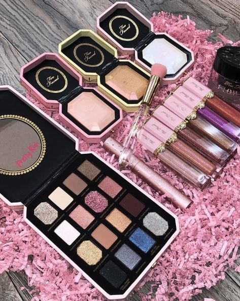 Too Faced: Pretty Rich Collection
