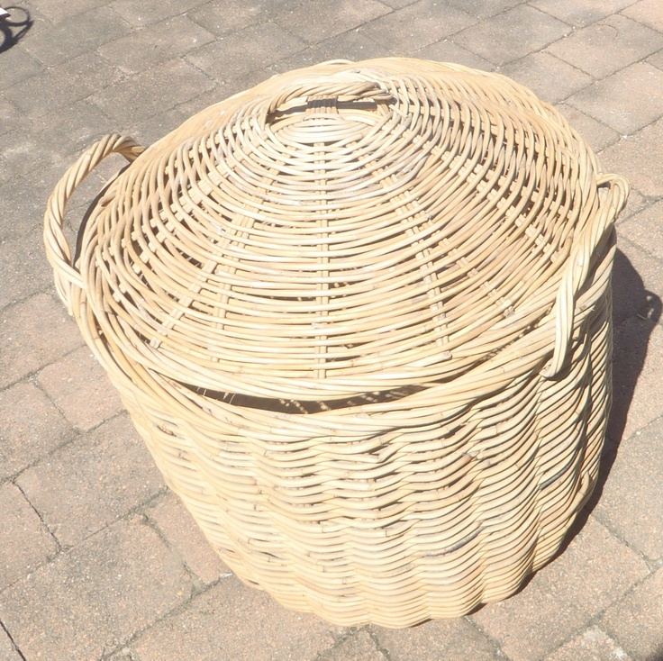 Cane Basket, large round with lid