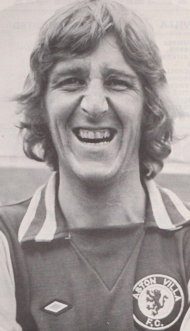 Ian Chico Hamilton Aston Villa 1974/75