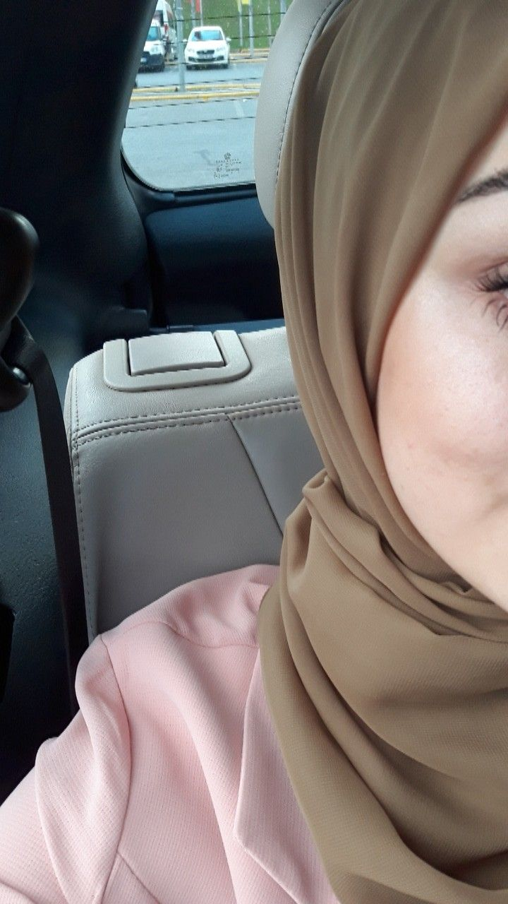 Pin op hijabi