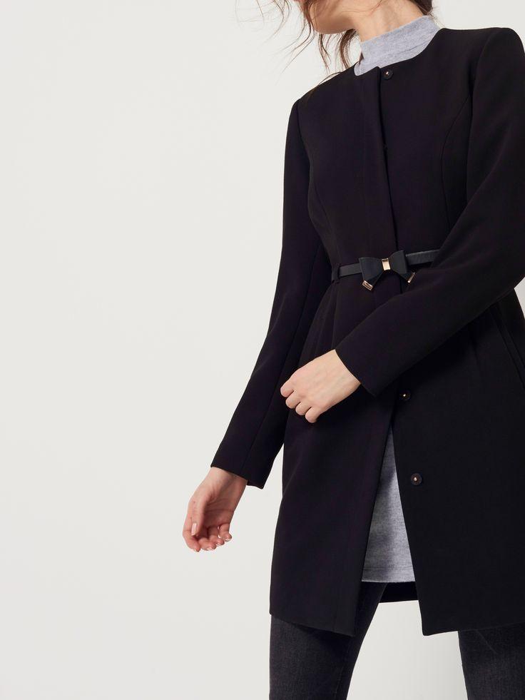 Elegancki płaszcz z paskiem , KURTKI, PŁASZCZE, czarny, MOHITO