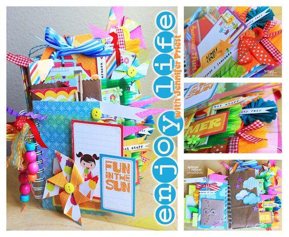 .: Scrapbook Ideas, Minis Book, Crafts Ideas, Scrapbook Inspiration, Minis Album, Scrapbook Minis, Bright Colors, Fun Colors, Scrapbook Album