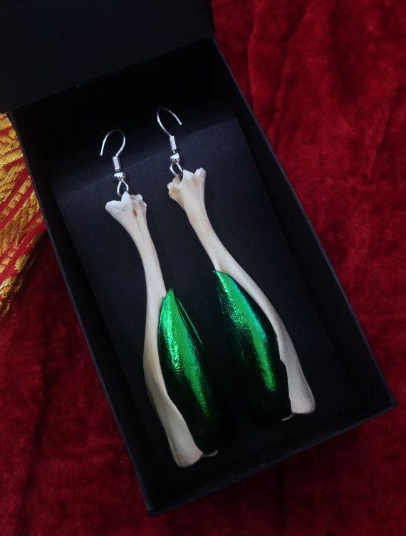 Real Bone Jewelry Claw pendant Earrings Voodoo art nouveau Ooak Black-magic bone earrings witchcraft earring wiccan jewelry spine