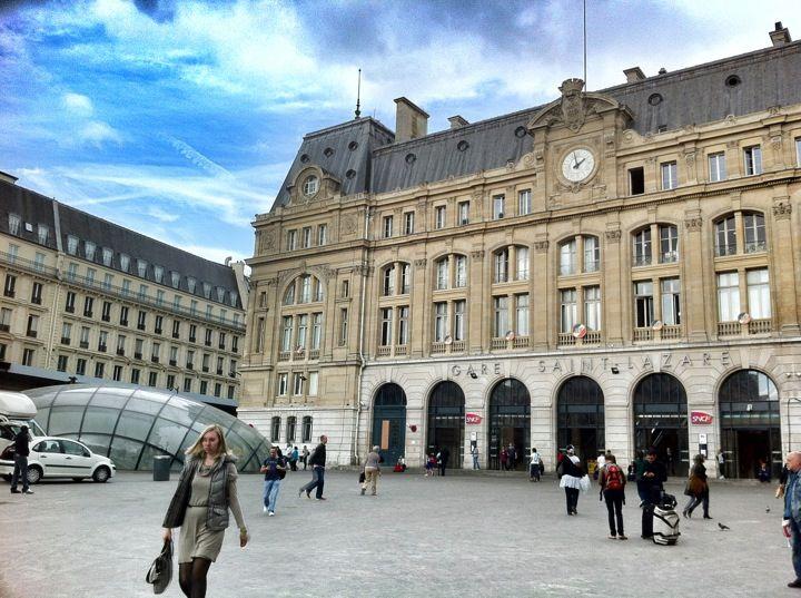 Gare SNCF de Paris Saint-Lazare in Paris, Île-de-France