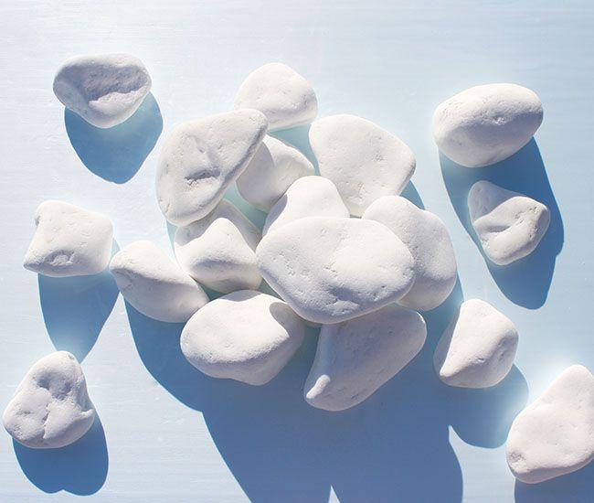 Thasos Snow White Marble Pebbles 8-13 cm