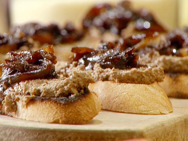 Crostini of Chicken Liver Pate with Balsamic Onions Recipe : Anne Burrell : Food Network - FoodNetwork.com For us liver lovers!