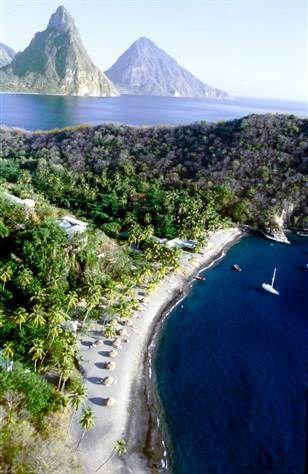 Wanderlust // Adventure // World Travel Destinations & Inspiration // St. Lucia