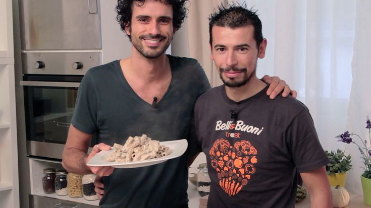 pasta ai funghi con besciamella di ricotta #MarcoBianchi #videoricetta