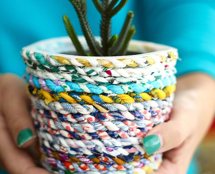 Upcycle style: fabric twine recyled planter from a yoghurt tub | www.homeology.co.za