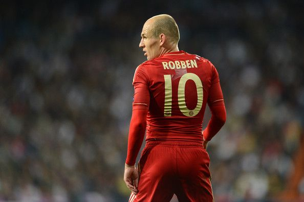 Arjen Robben of Bayern Munich  looks on during the UEFA Champions League Semi Final second leg between Real Madrid CF and Bayern Munich at The Bernabeu Stadium on April 25, 2012 in Madrid, Spain.