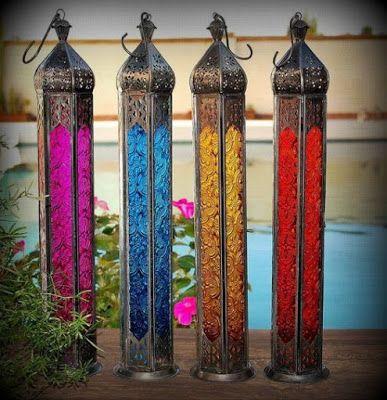 Tesouros da Índia : Lanternas Marroquinas Adorne o seu espaço de colorações multifacetadas, vermelha, azul, rosa ou laranja que são as cores destas sedutoras lanternas marroquinas. A sua especifidade permite ainda a sua suspensão.
