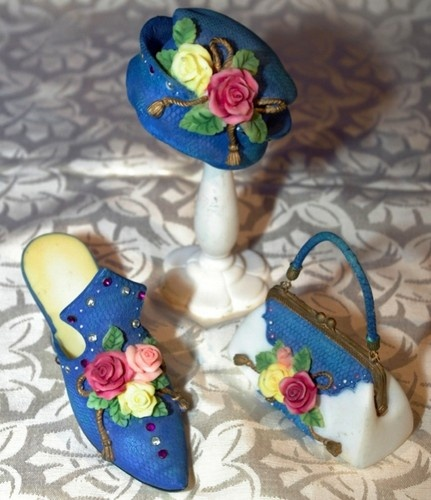 Miniature Shoe Purse Hat & Stand Blue with Roses & Rhinestones Dresser Set