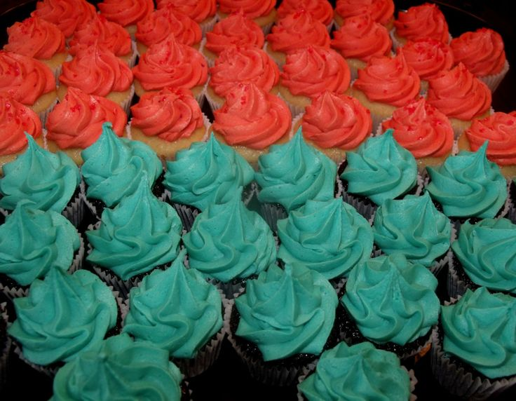 teal and coral cupcakes