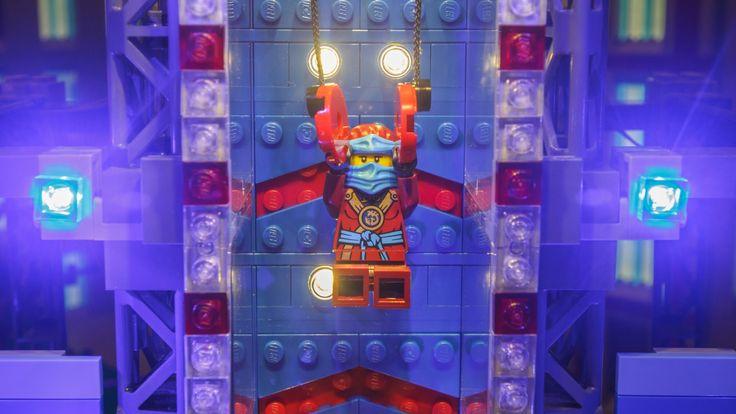 City Finals with Nya and American Ninja Warriors - LEGO NINJAGO #America...