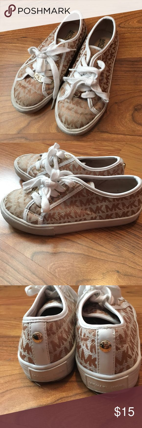 Michael Kors girls tennis size 13.5 Preowned Michael Kors girls tennis shoes size 13.5 Michael Kors Shoes Sneakers