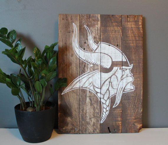 Minnesota Vikings Pallet Art 14x20 by SamBeeDesigns on Etsy