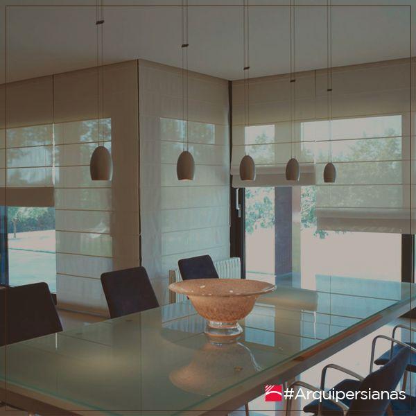 Una #CortinaRomana es conocida por la simplicidad de su diseño y su fácil manipulación. Especiales para espacios con ventanas pequeñas pero también se ven espléndidas en espacios grandes y medianos. #ArquiPersianas #DecoraTuEspacio