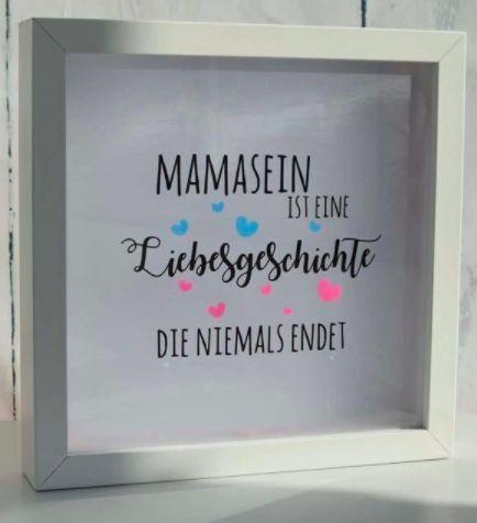 """Plotter-Motiv """"Mamasein ist eine Liebesgeschichte, die niemals endet"""" - Plotterdatei via Makerist.de"""