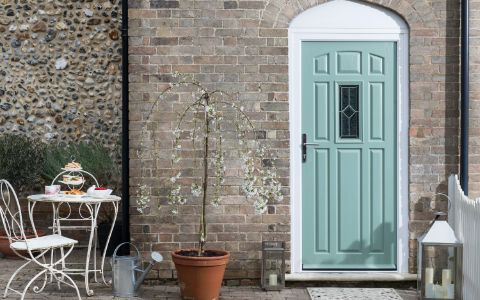 Enter the prize draw for your chance to win an Everest front door Source: Win an Everest front door