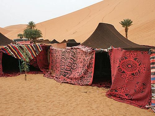 I love sleeping in the desert - have only done it in Australia (over many years) but this looks a treat!