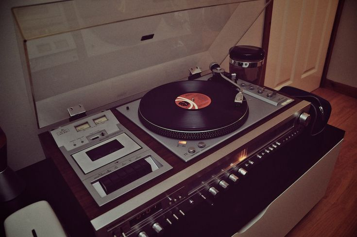 I need one of these, so that I can start playing my records.