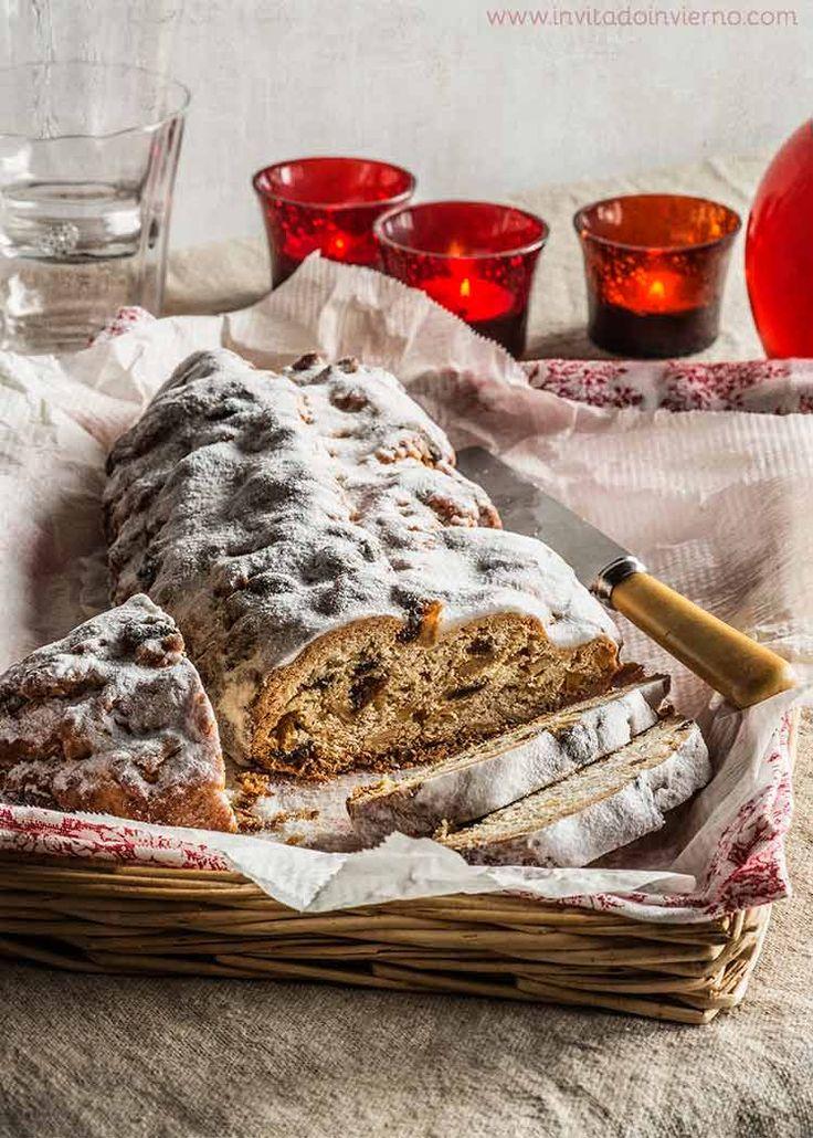 Receta tradicional de stollen, pan alemán de Navidad, masa levada dulce con frutos secos y frutas pasas, bañado en azúcar glas. Con fotos paso a paso.