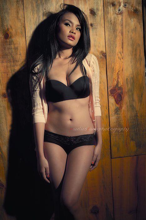 Name: Triska Priscilya Age: 23 years old From: Jakarta ...