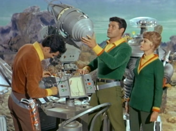 lost in space tv show | ... as John Robinson, June Lockhardt as Maureen Robinson, Lost In Space