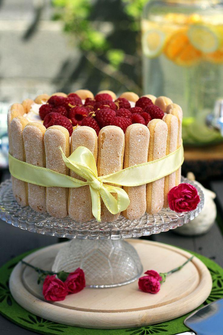 cream cheese lemon and raspberries cheescake