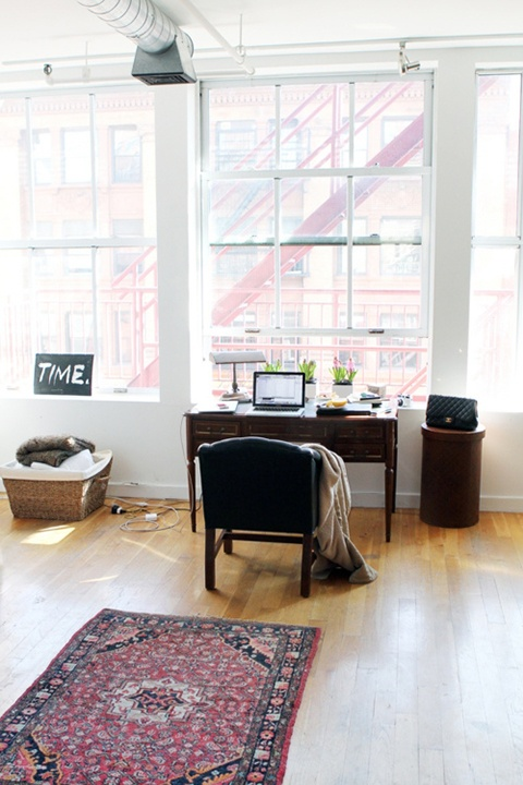 #Desk #Banzoner: Decor, Interior Design, Interior Workspaces, Window, Desk, Light