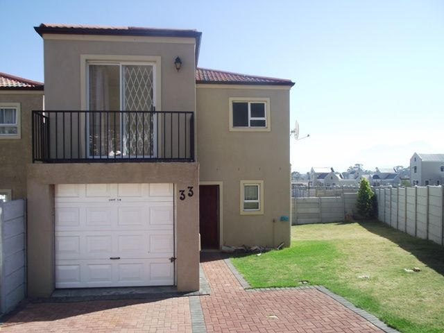 Gordons Bay Property | Price: R 699,000 | Ref: 3096186 http://www.homelinkestates.co.za/showpropertySM014000002415.cp