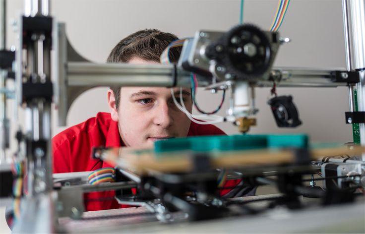 kit pedagogique -  Aidez les jeunes à construire leur avenir avec les industries technologiques !