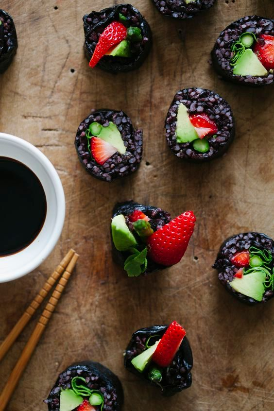 Strawberry and Asparagus Black Rice Sushi – simpledeleciousfoods