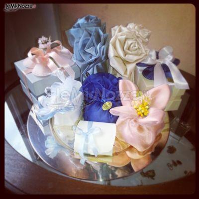 http://www.lemienozze.it/operatori-matrimonio/bomboniere/tre-bi/media Bomboniere di nozze colorate con nastri