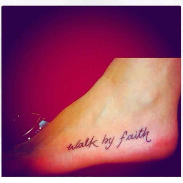 Small tattoos make me smile.