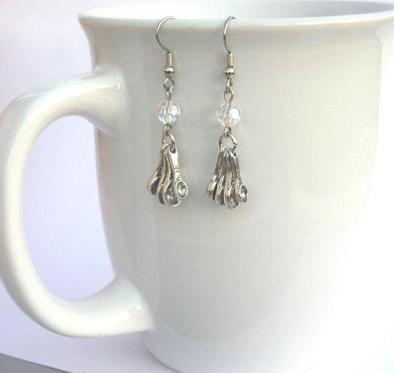 Measuring spoon earrings cook earrings bakers by Mindielee on Etsy, $18.00
