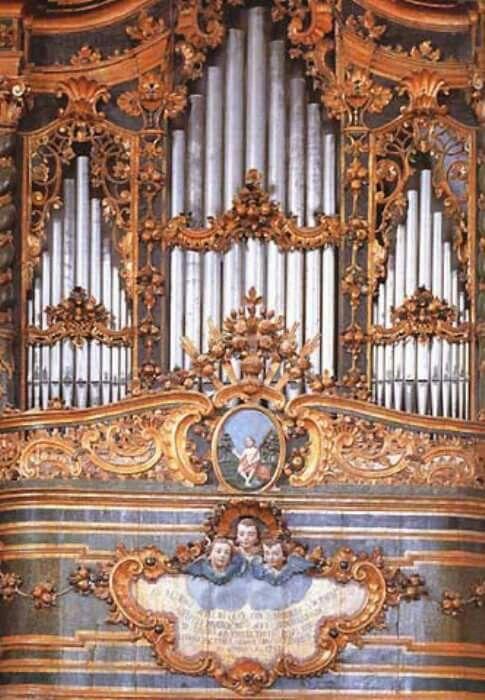 Organo monumentale