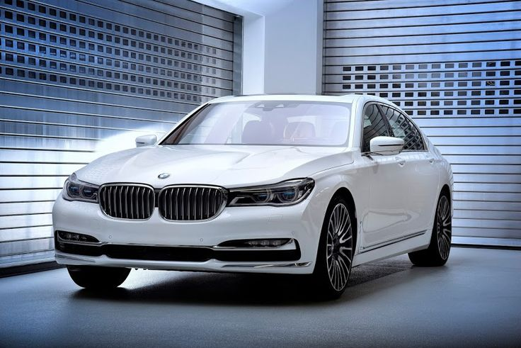 new @BMW 750Li xDrive special editions.#car #ride #travel #share #vitorr #startup #signup