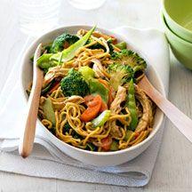 Chicken Singapore noodles (7 points per serve, 6 without oil)