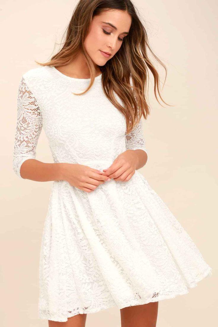 Kleine weiße Kleider: Perfekt für Frühlings- oder