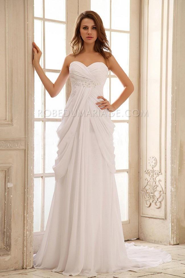 Robe de mariage col en coeur sans bretelle robe de mariée plage