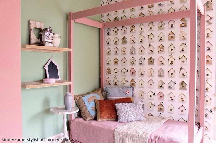 Wow!!! Gaaf! Mintgroen en roze! Kidsroom!