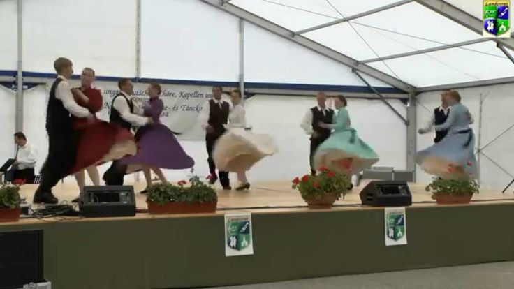 IV. Landesjugendtreffen Tanzgruppe aus  BADESEK  TARIAN 2014