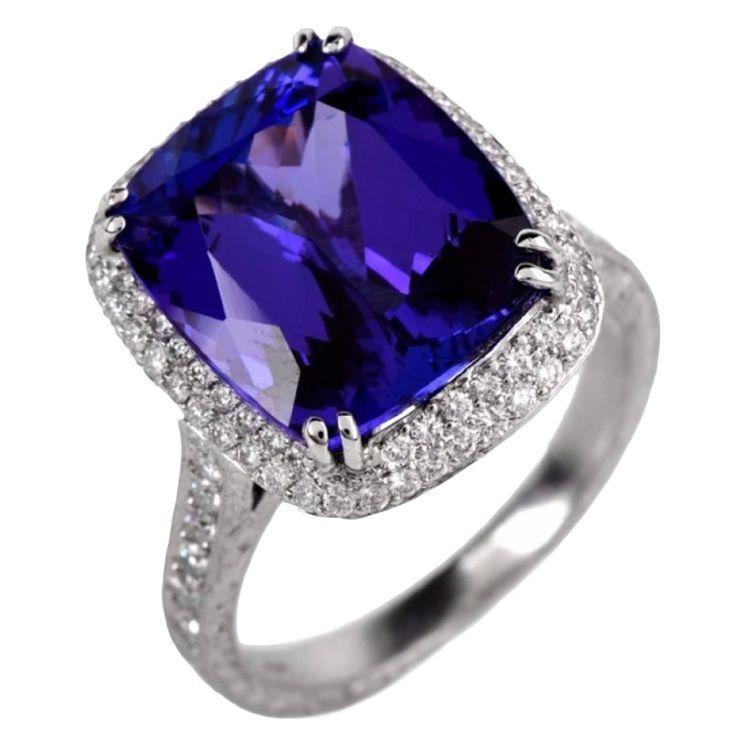 Beaudry 7.68 Tanzanite .93  F-G VVS Diamond Platinum Enagement Ring