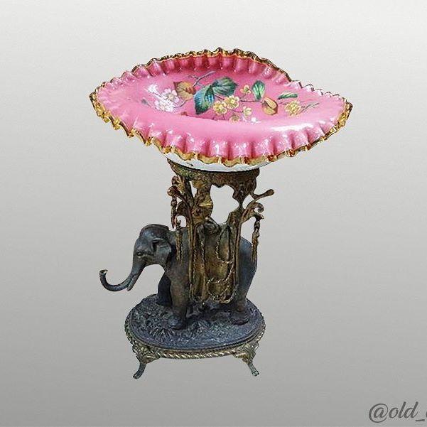Элегантная ваза/центр стола! Бронза, опалина. Отличное состояние! Размеры: 48 х 33 см. #ваза #подарокбоссу #подарки #подарок #бронза #антик #антиквариат #барахолканапервом #900