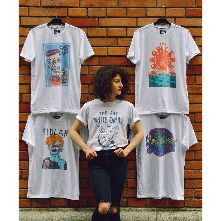 I wish I have a garage  unisex t-shirt szputnyikshop
