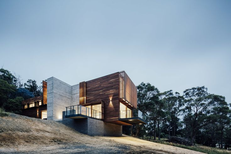// Invermay House by Moloney Architects. Builder: Spence Construction. Photography: Michael Kai