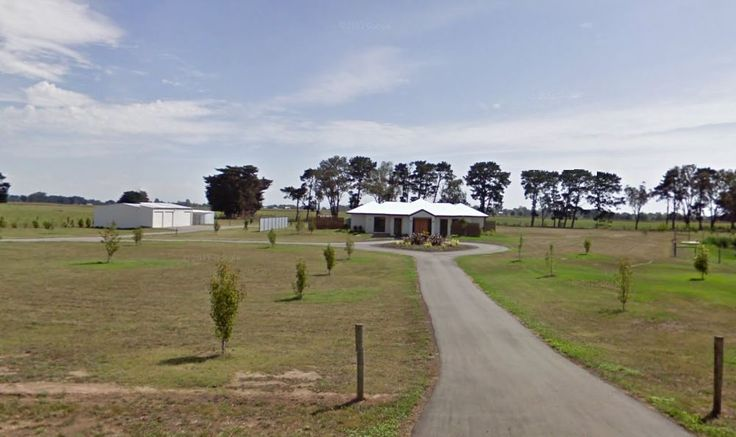 A home located just outside Sale, Victoria, typical of 112 Full House areas.